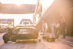 Aston Martin Vantage GT4 + Yves Volte