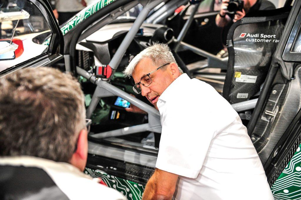 """Präsentation Audi R8 LMS mit """"Steer-by-Wire""""-Technologie"""