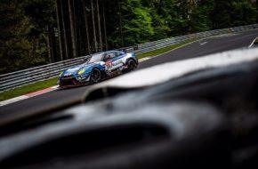KCMG Nissan GT-R GT3 Nico Menzel, Edoardo Liberati, Christer Jöns und Matthieu Vaxiviere