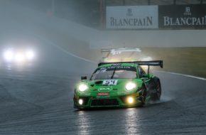 Klaus Bachler Andrea Rizzoli Zaid Ashkanani Dinamic Motorsport Porsche 911 GT3 R Blancpain GT Series Endurance Cup 24h Spa