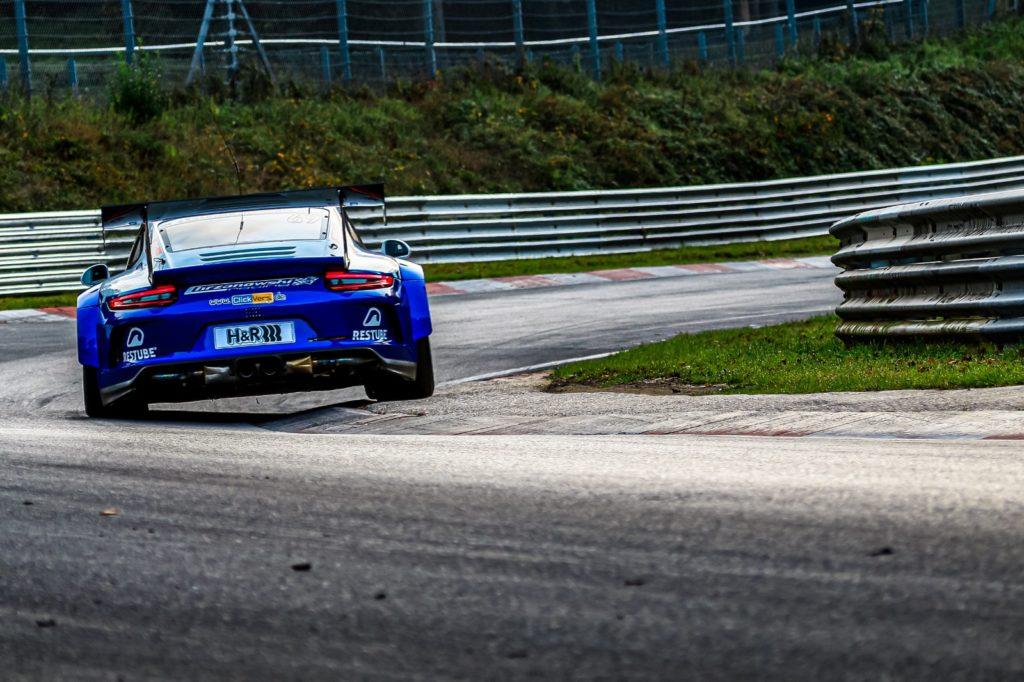 Robin Chrzanowski Kersten Jodexnis clickversicherung.de Team Porsche 911 GT3 Cup MR VLN Nürburgring