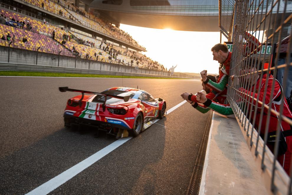 James Calado Alessandro Pier Guidi AF Corse Ferrari 488 GTE WEC Shanghai