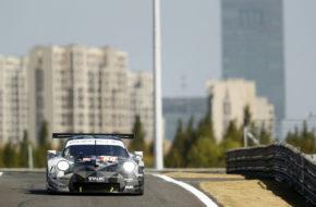 Thomas Preining Will Bamber Angelo Negro Dempsey-Proton Racing Porsche 911 RSR FIA WEC Shanghai
