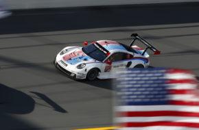 Earl Bamber Mathieu Jaminet Laurens Vanthoor Porsche GT Team Porsche 911 RSR 24h Daytona IMSA WeatherTech SportsCar Championship