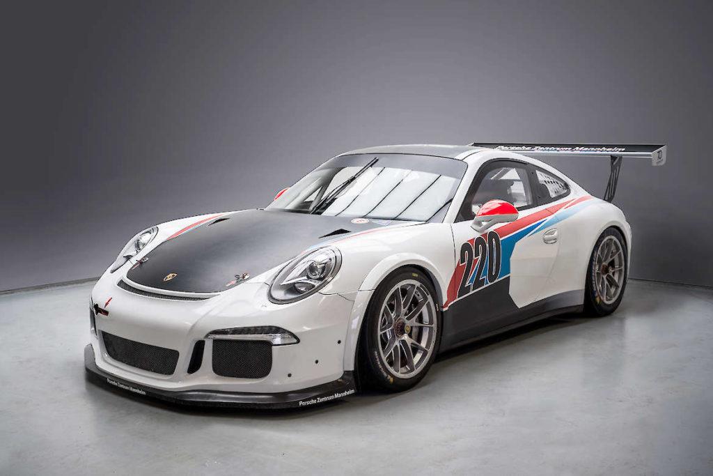 Porsche Zentrum Mannheim powered by Team75