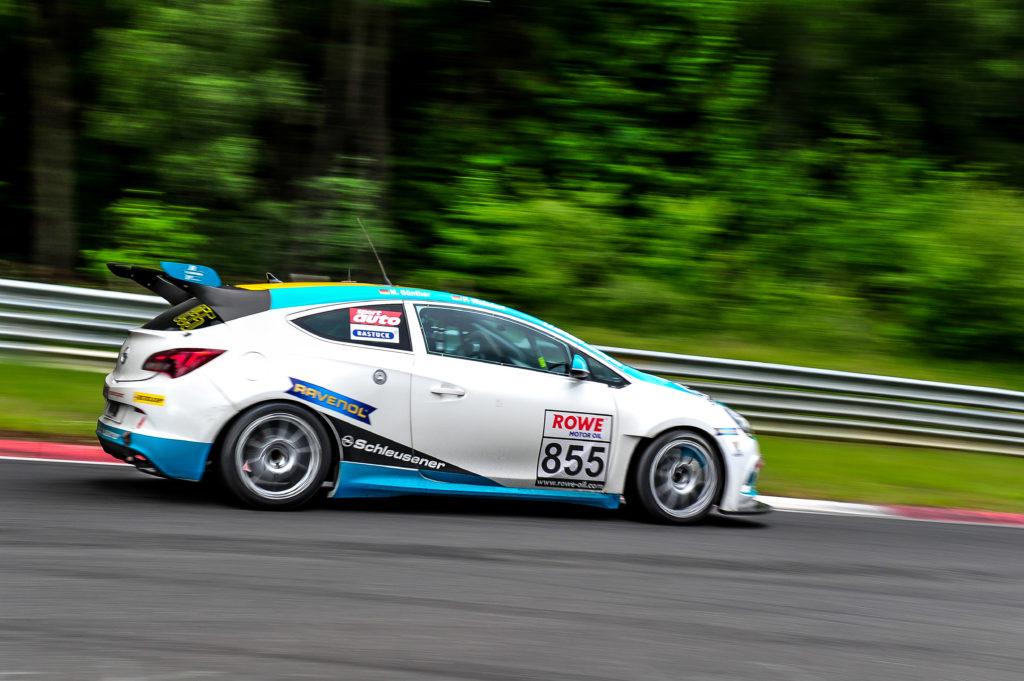 Lubner Motorsport Opel Astra OPC Cup Nürburgring Langstrecken-Serie Nürburgring-Nordschleife
