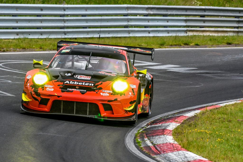 Sabine Schmitz Lance David Arnold Alex Müller Klaus Abbelen Frikadelli Racing Porsche 911 GT3 R Nürburgring Langstrecken-Serie Nürburgring-Nordschleife
