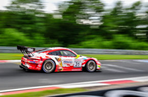Kévin Estre Michael Christensen Frikadelli Racing Porsche 911 GT3 R Nürburgring Langstrecken-Serie Nürburgring-Nordschleife