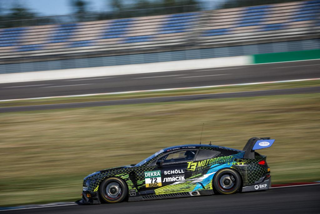 Constantin Schöll Jordan Pepper T3-HRT-Motorsport Bentley Continental GT3 ADAC GT Masters Lausitzring