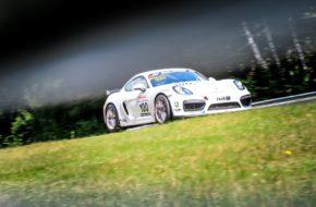 Jacques Castelein Kurt Dujardyn Olivier Muytjens Pit Lane - AMC Sankt Vith Porsche Cayman GT4 Clubsport Nürburgring Langstrecken-Serie Nürburgring-Nordschleife
