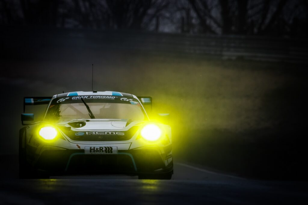 Alexandre Imperatori Josh Burdon Edoardo Liberati Marco Holzer KCMG Porsche 911 GT3 R Nürburgring Langstrecken-Serie Nürburgring-Nordschleife