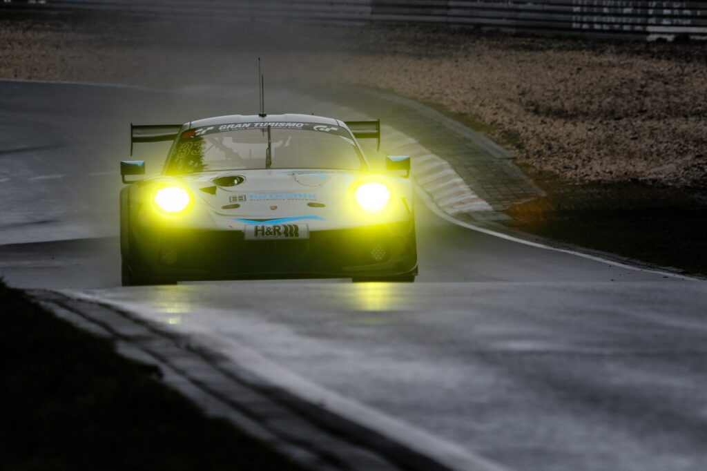 Julien Andlauer Tobias Müller Tristan Viidas Rutronik Racing Porsche 911 GT3 R Nürburgring Langstrecken-Serie Nürburgring-Nordschleife