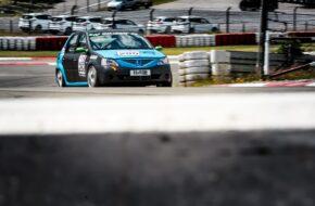Oliver Kriese Doom Ollis Garage Dacia Logan Nürburgring Langstrecken-Serie Nürburgring-Nordschleife