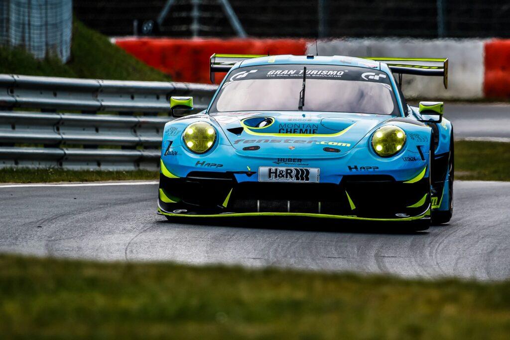 Nico Menzel Stefan Aust Philipp Neuffer Huber Motorsport Porsche 911 GT3 R Nürburgring Langstrecken-Serie Nürburgring-Nordschleife