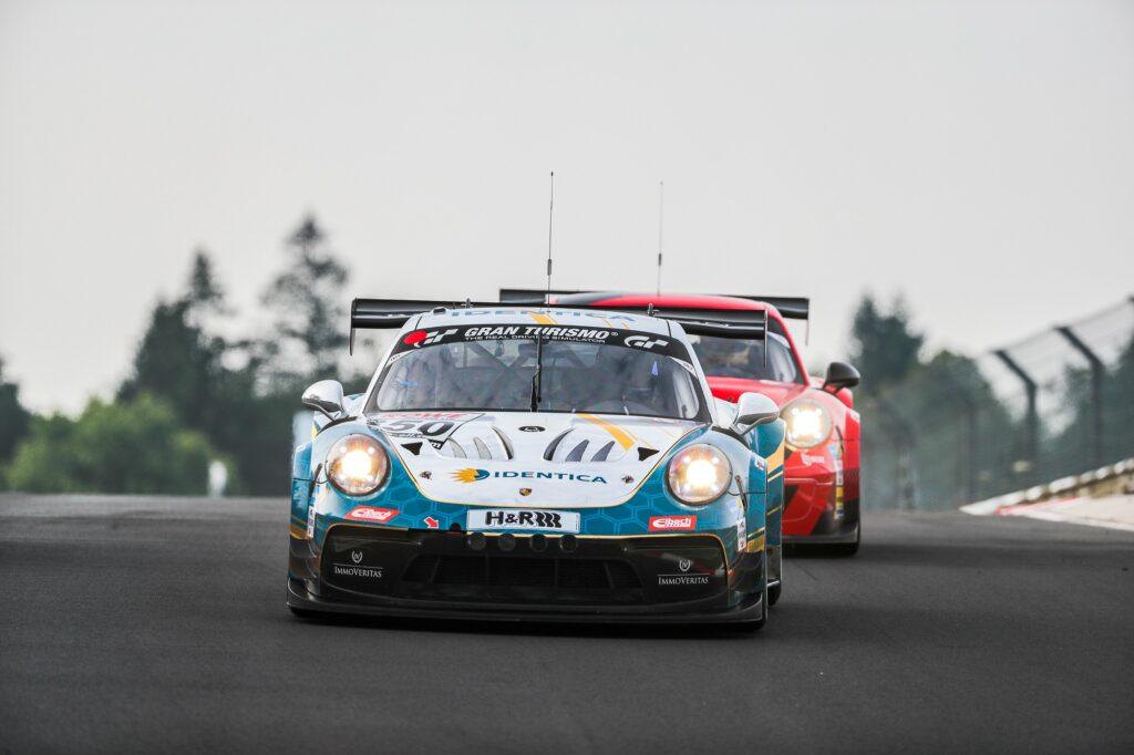 Carlos Rivas Florian Naumann Noah Nagelsdiek Hendrik von Danwitz Black Falcon Team Identica Porsche 911 GT3 Cup MR Nürburgring Langstrecken-Serie Nürburgring-Nordschleife