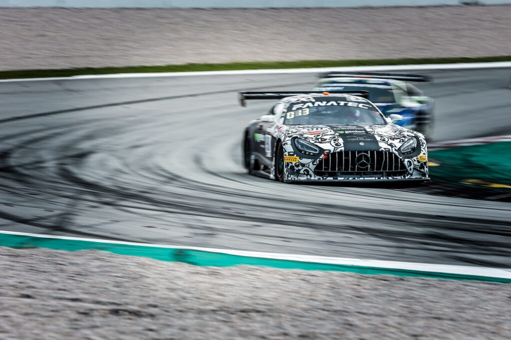 Ezequiel Perez Companc Rik Breukers Juuso Puhakka Madpanda Motorsport Mercedes-AMG GT3 GT World Challenge Europe Barcelona